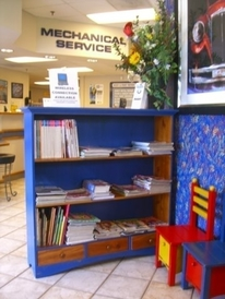 Addison Auto Repair & Body Shop - A clean and fun waiting room for kids and parents.