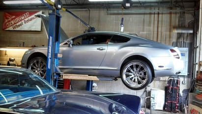 CSE Automotive - Replaced right front airstrut '05 Bentley Continental GT