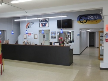 Phil's Pro Auto Service - We hope you find our service counter warm and inviting!