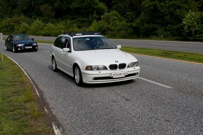 BMW Excluservice - 2003 BMW 540 (E39) on the way to Bimmerfest East.