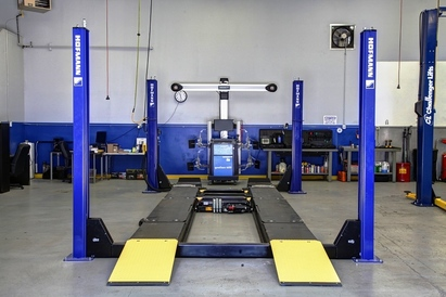 """Larrondo's Auto Center - Say """"hello"""" to the most advanced alignment machine in Salem!  With camera & infrared technology, you get the absolute most accurate alignment (2 or 4 wheel) available in the Mid-Valley!"""