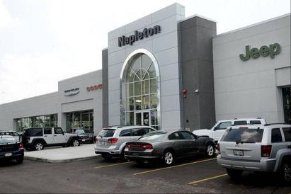 Napleton's Arlington Heights Chrysler Dodge Jeep RAM