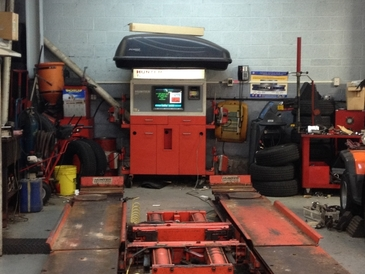 Twin Towers Service Station - Our New & Modern Repair Bays And Hunter Alignment System.