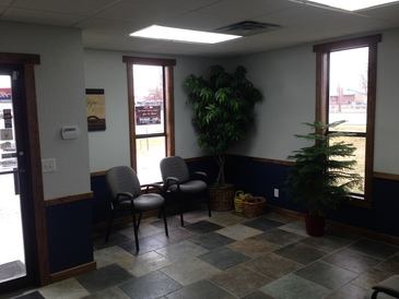 HCS Auto Repair - Customer waiting room.