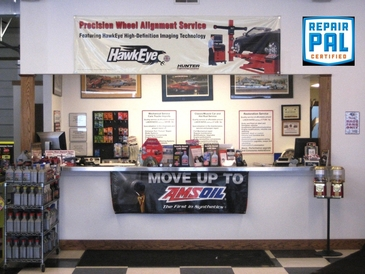 Gearheads Auto Service - Gearheads service counter.