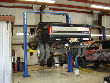 RC Auto Specialists - Heavy duty lifts for heavy duty trucks.