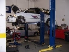 Auto Tech And Body - With the top-notch machinery, our mechanics are equipped to handle a number of vehicular issues with 100% quality and perfection.